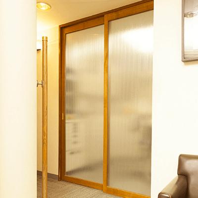 院長治療室入り口