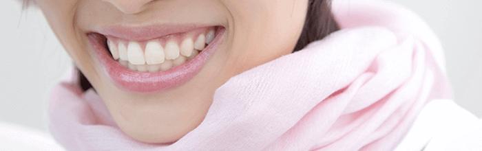 メタルフリーを使用した美しい歯